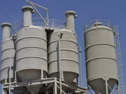 A New Carbon Capture Technology Cuts Cement Emissions By 60% - Carbon Herald