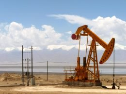 Total To Develop Oil, Gas, Solar Projects In Iraq Under $27 Billion Deal - Carbon Herald